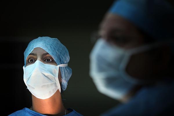 «Вы верите, что российские хирурги — замечательные?»