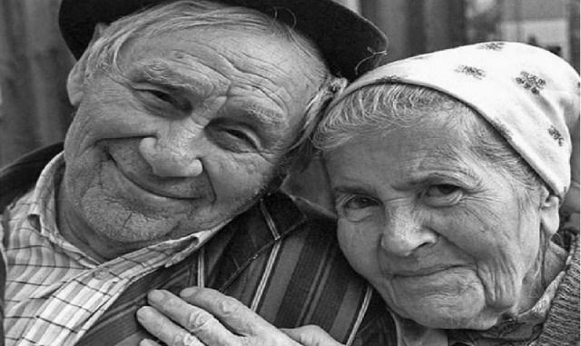 Как наших пенсионеров разводят. Внимание! Мошенники!