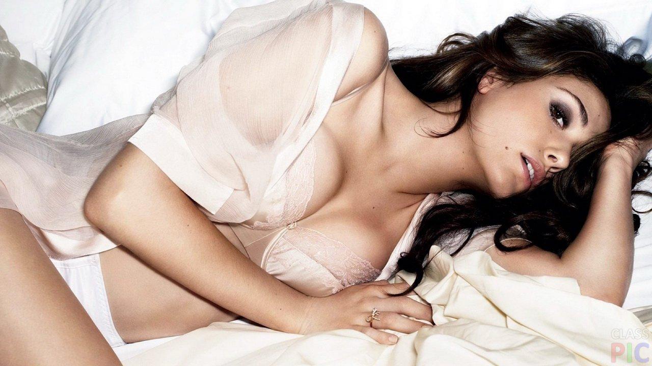 Что женщины ненавидят в постели..Мужчинам на заметку))