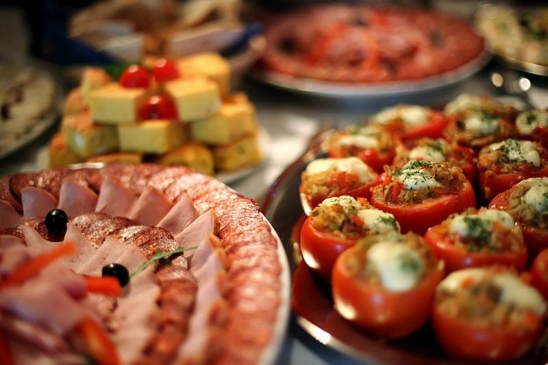 какие блюда готовить на новый год свиньи