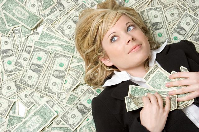Полезные привычки: Как безбедно жить на одну зарплату