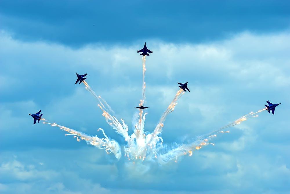 Российские военные летчицы наведут страх на Запад
