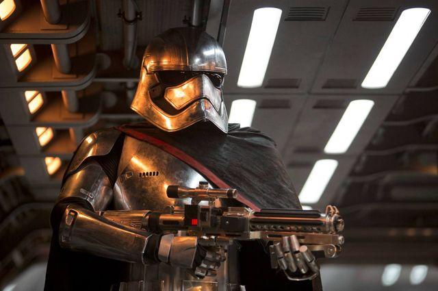 Сценаристы «Игры престолов» снимут фильмы по вселенной «Звездных войн»