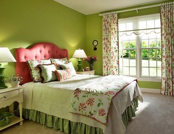 сочетание цветов в интерьере спальни травяной красный салатовый