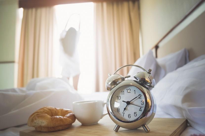 Утренние привычки, из-за которых невозможно похудеть