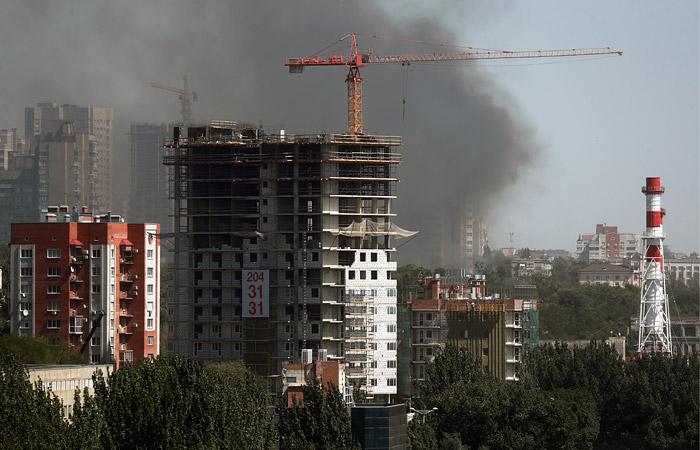 Пожар в центре Ростова-на-Дону распространился уже на 25 жилых домов