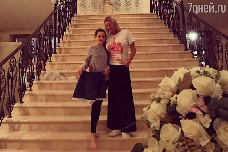 Анастасия Волочкова станет мамой во второй раз
