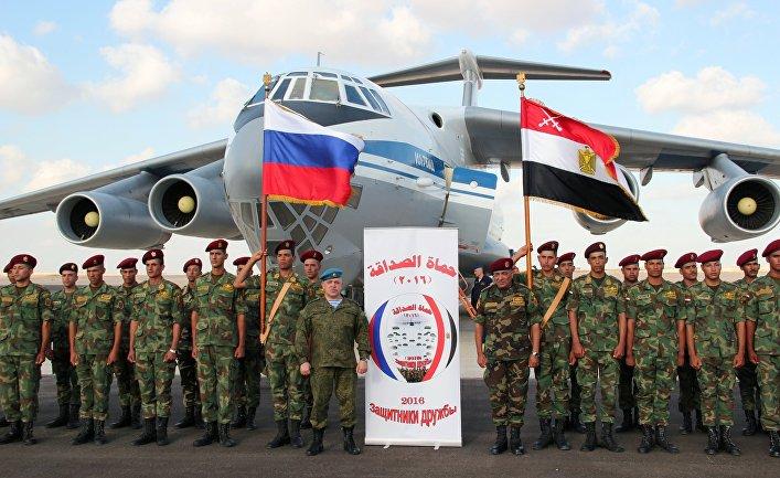 «Защитники дружбы-2»: возобновление тесного военного сотрудничества между Египтом и Россией