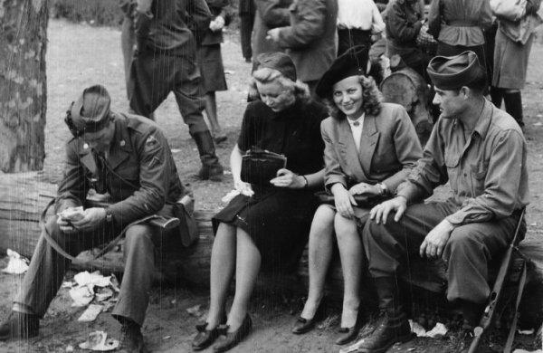Немецкий профессор развенчал миф о «зверствах» Красной Армии: Немок массово насиловали англосаксы