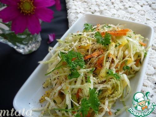 Салат из цуккини с капустой