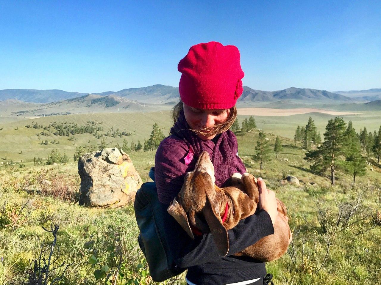 Человек и такса: Анна Смолина с любимой собакой проехала 6 тыс. километров на велосипеде