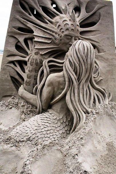 Просто песок? Нет, материал для создания настоящих шедевров!