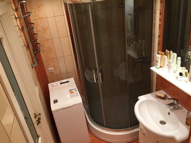 Ремонт в ванной — позаботились о бабушке и дедушке, которые часто приезжают в гости