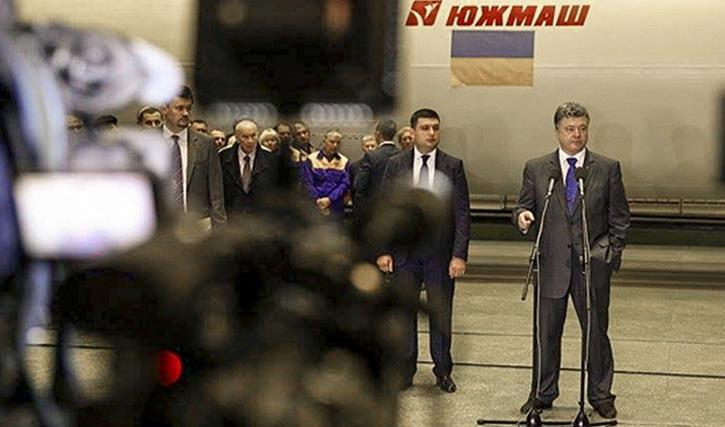 На украинском ТВ сокрушаются: Профукали Южмаш, а Россия продает ЗРК по всему миру