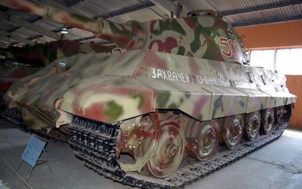 """ИС-2 против """"Королевского тигра"""". История реальных сражений"""