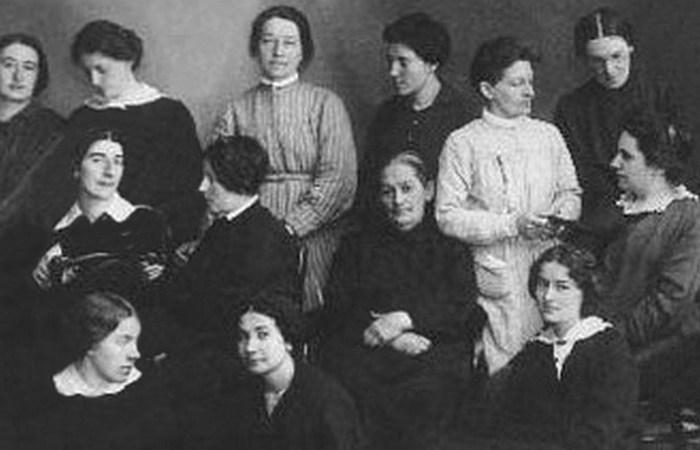 Фанни Каплан в Акатуйской тюрьме/(крайняя справа)./Фото: maxpark.com