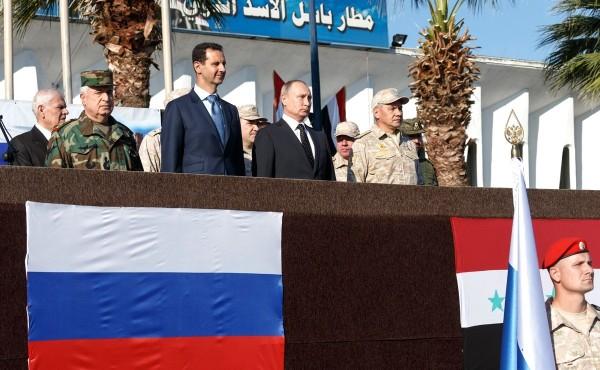 """""""Если террористы поднимут голову, мы врежем так, как они ещё не видели"""" - В. Путин на авиабазе Хмеймим"""