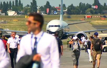 В Ле Бурже открылся Международный авиасалон