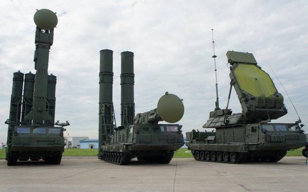 """Россия пересекла """"красную линию"""" и уже размещает в Сирии комплексы ПВО С-300"""