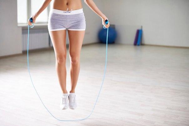 Упражнения со скакалкой помогут похудеть  с самого детства – скакалка –…