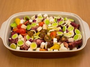 Свиные ребрышки, запеченные с овощами