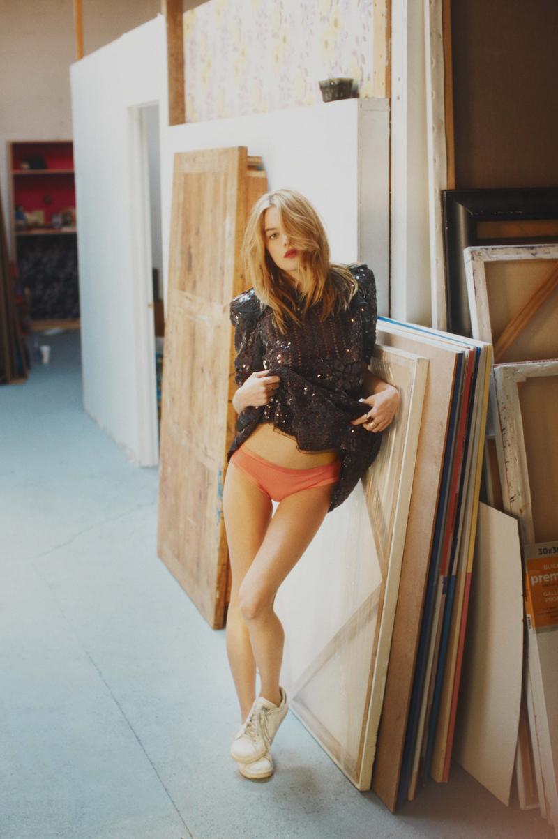 Камилль Роу  в фотосессии Гая Ароха  для журнала So It Goes (2014)