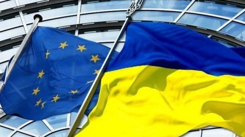 СМИ: Евросоюз «устал» от Укр…