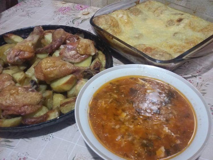 Одна курица-три блюда! Экономный вариант приготовления трех блюд из одной курочки. Бывают дни, когда из минимум продуктов необходимо приготовить на пару дней.