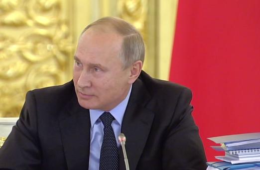 Путин заявил, что кто-то целенаправленно собирает биоматериал россиян