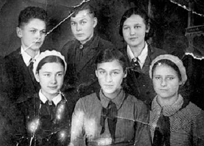 Нона Мордюкова в школьные годы. / Фото: topic.lt