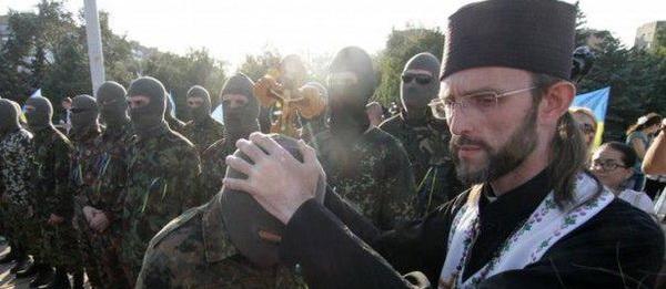 Украину погружают в религиозную гражданскую войну