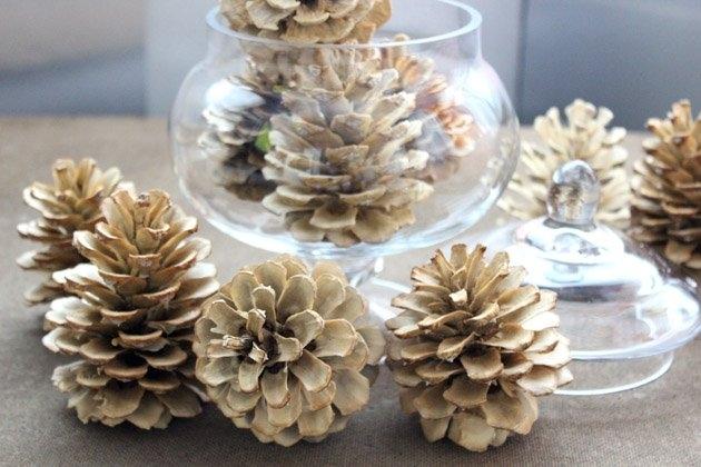 Отбеливаем сосновые шишки для новогоднего декора