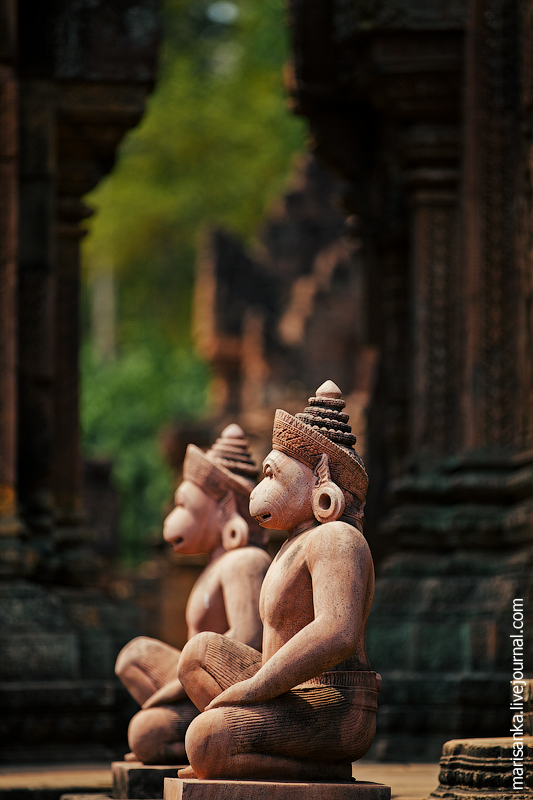 Храм Бантей Срей: Цитадель Женщины. Камбоджа.