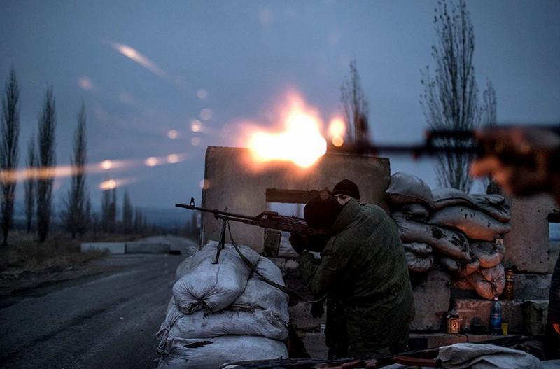 Украинские диверсанты попали в засаду под Горловкой – боевики панически бежали, бросив раненых на поле боя