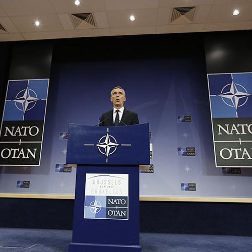 Генсек НАТО заявил о стремлении альянса сочетать в отношении России сдерживание с диалогом