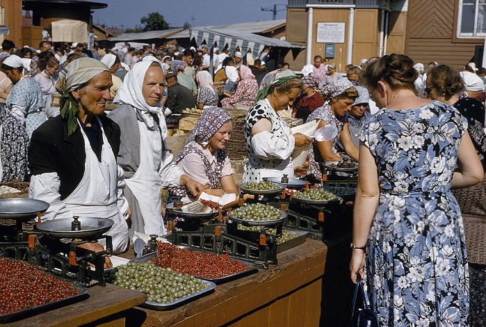 21.000 км на машине по СССР в 1982 году: еда и цены в разных регионах