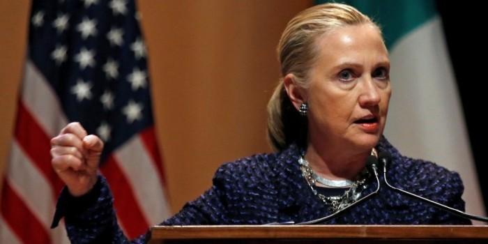 """Из опубликованных писем Клинтон стали известны """"особые просьбы"""" ее спонсоров"""