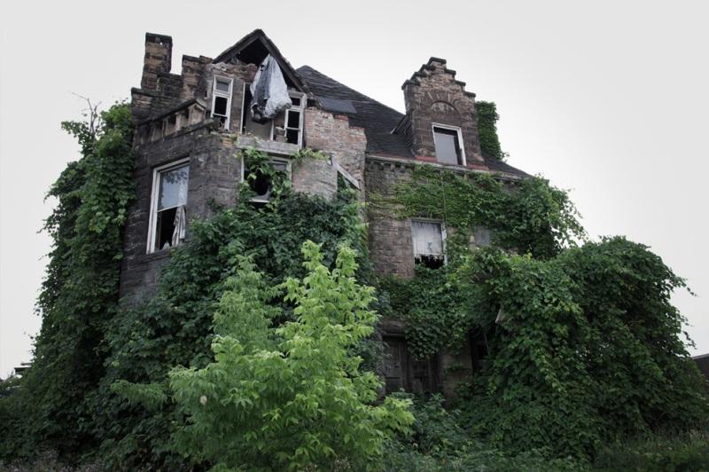 Настоящие дома с привидениями