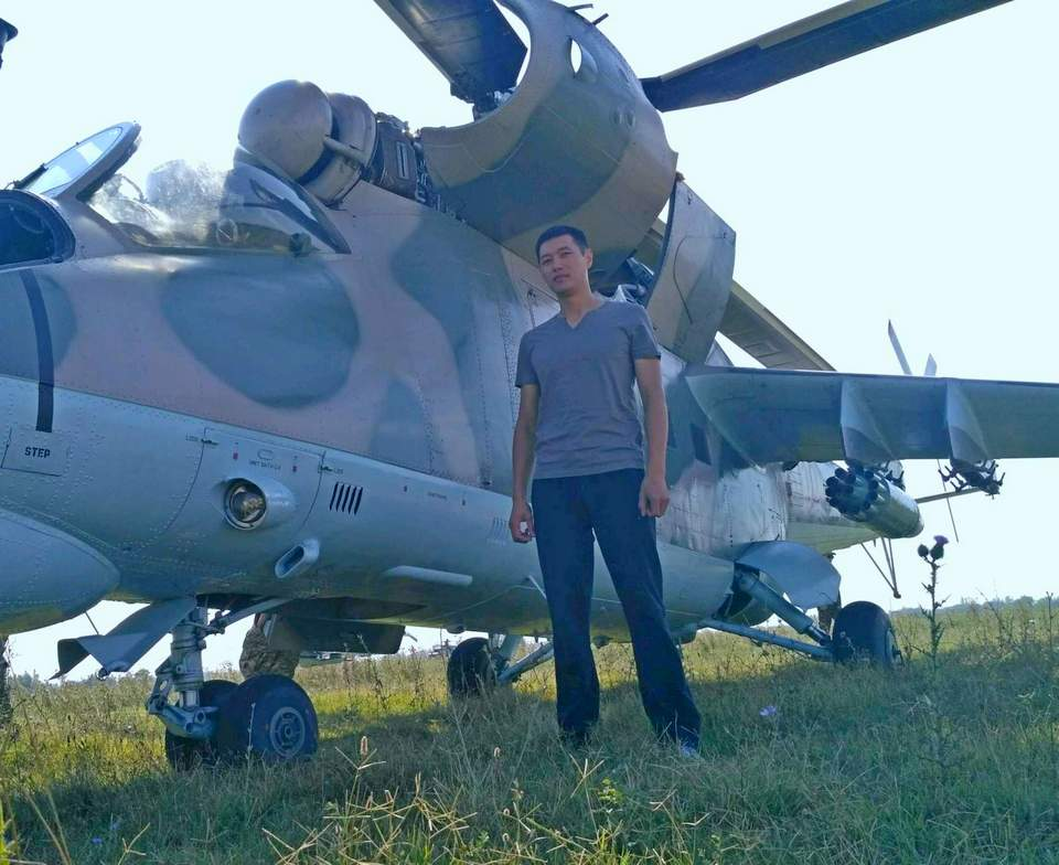 Вертолеты Ми-8 и Ми-24 в Киргизии