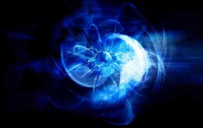Загадочная голубая сфера появилась на снимках Солнца второй раз за месяц