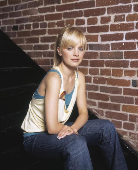 Мина Сувари  в фотосессии Марка Андерсона