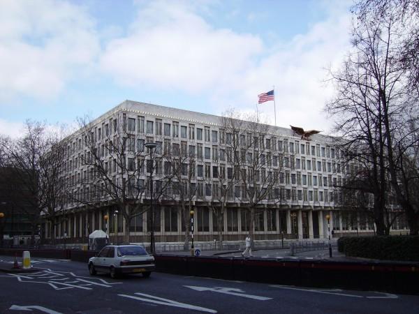 Посольство США вызывало на допрос о терроризме 3-месячного ребенка