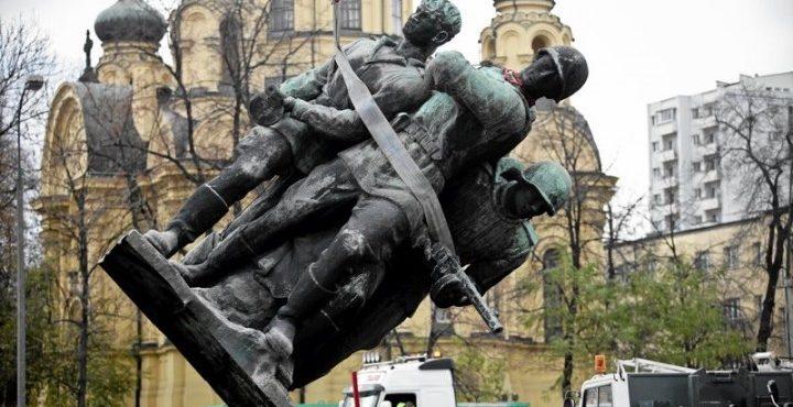 Бизнесмены России хотят выкупить у Польши советские памятники