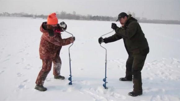 как бурить лунку для рыбалки
