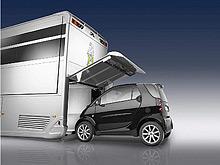 Немецкая фирма разработала автодом-трансформер класса суперлюкс, оборудованный гаражом и машиной