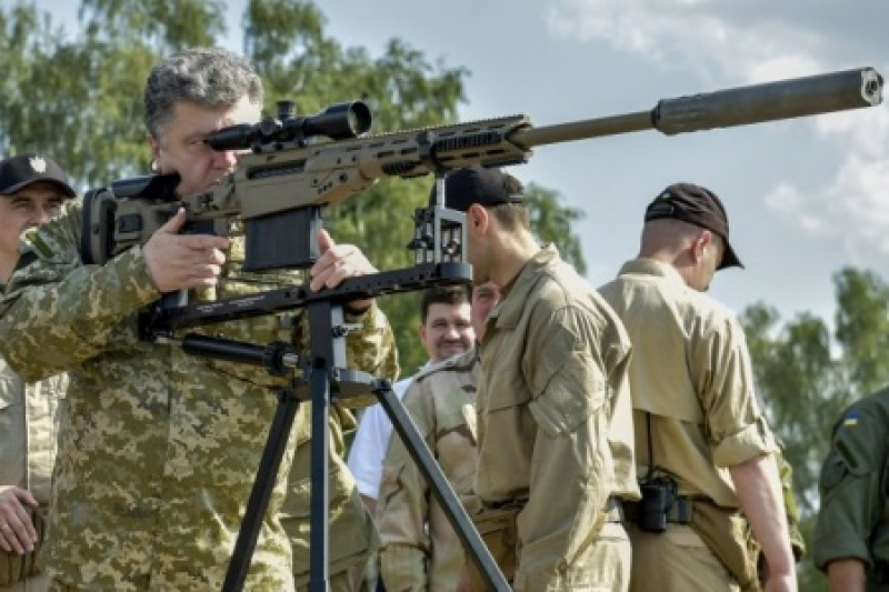 Порошенко превращается в радикального «ястреба» Украины. Что бы это значило?