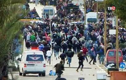 Более 100 палестинцев пострадали в столкновениях с израильтянами