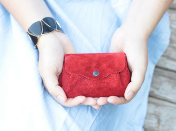 Эти приемы помогут привлечь деньги в кошелек. Стоит попробовать!