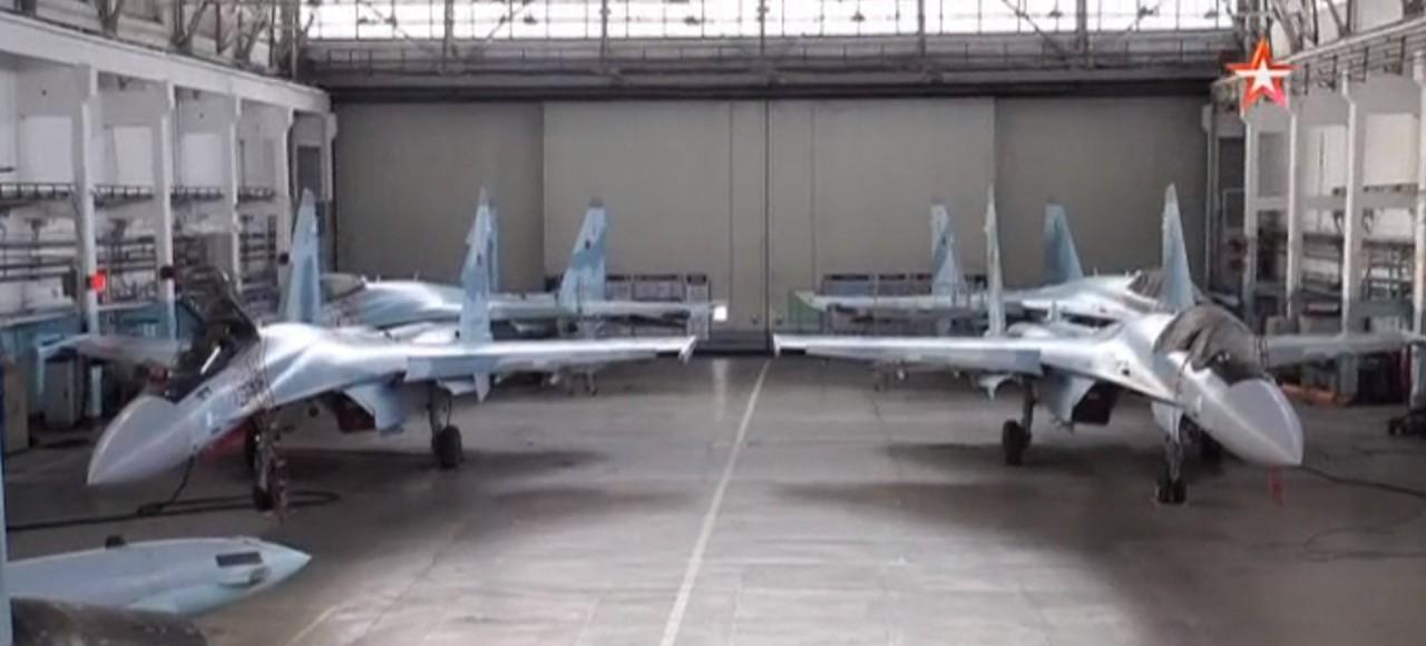 Построен сотый серийный истребитель Су-35