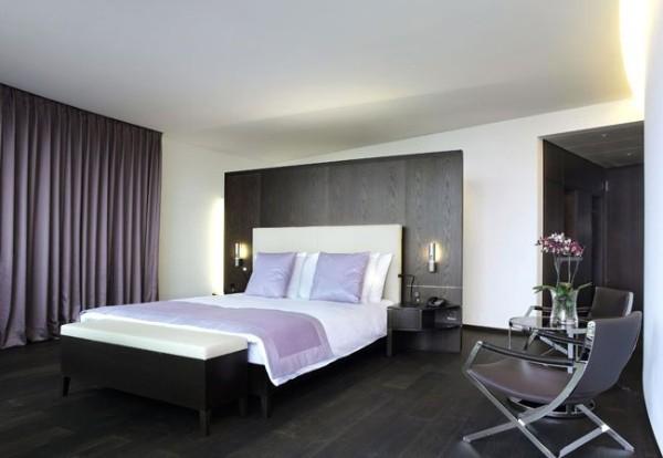 сочетание цветов в интерьере спальни чёрный сиреневый белый